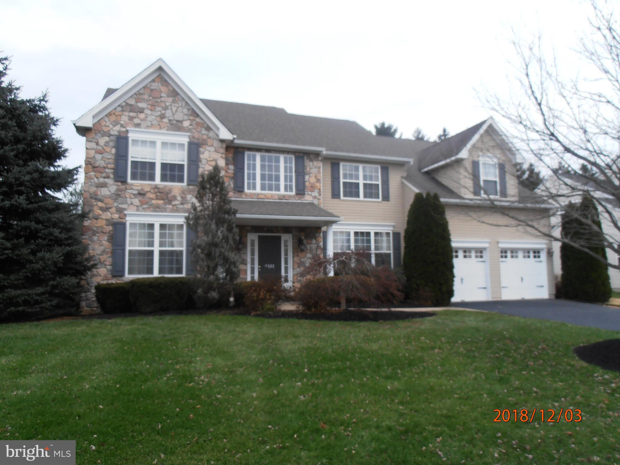 101 SOVEREIGN DRIVE, WARRINGTON, PA 18976