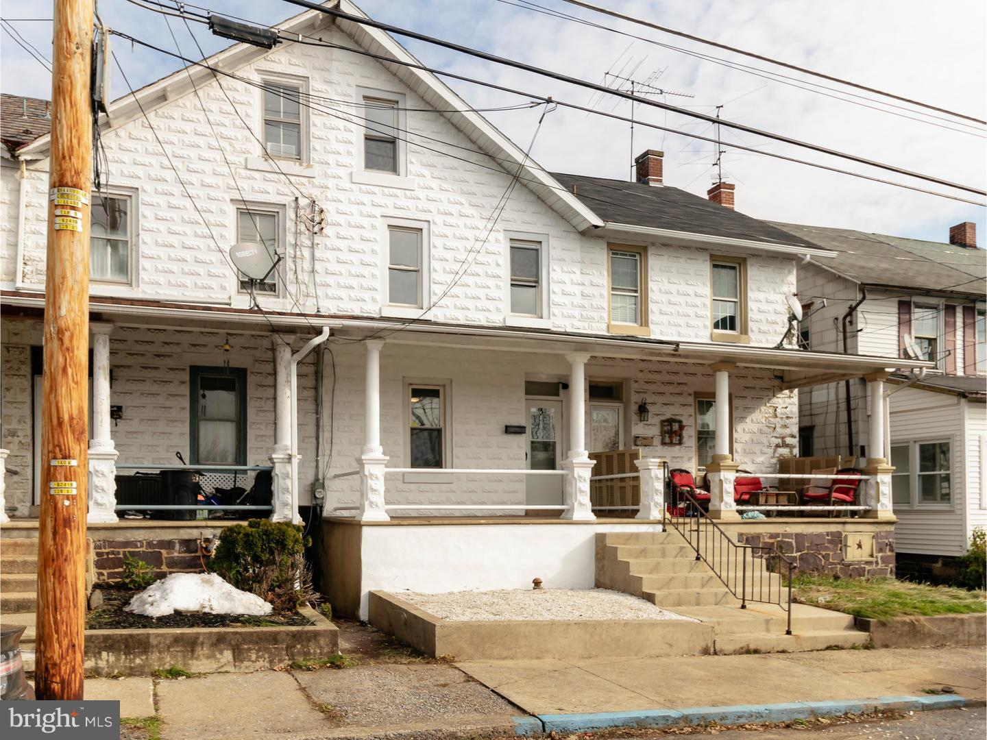 321 STATE STREET, EAST GREENVILLE, PA 18041