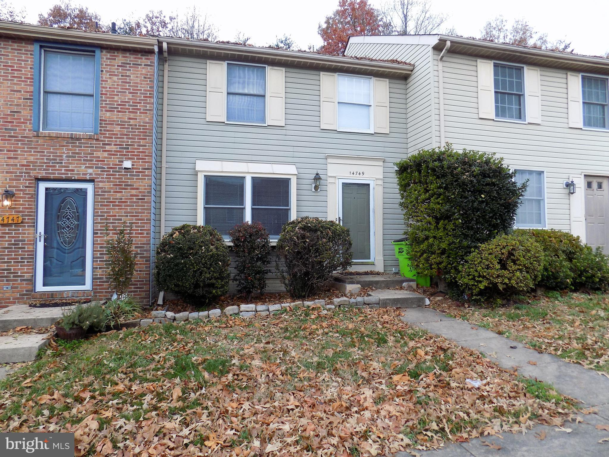 Great Location!! Right off RT. 1 in Woodbridge.Three bedroom townhome with finished walk out basement.Nice deck that backs to woods and is fenced .New carpet and newly painted.