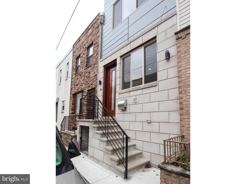 2137 Cross Street Philadelphia , PA 19146