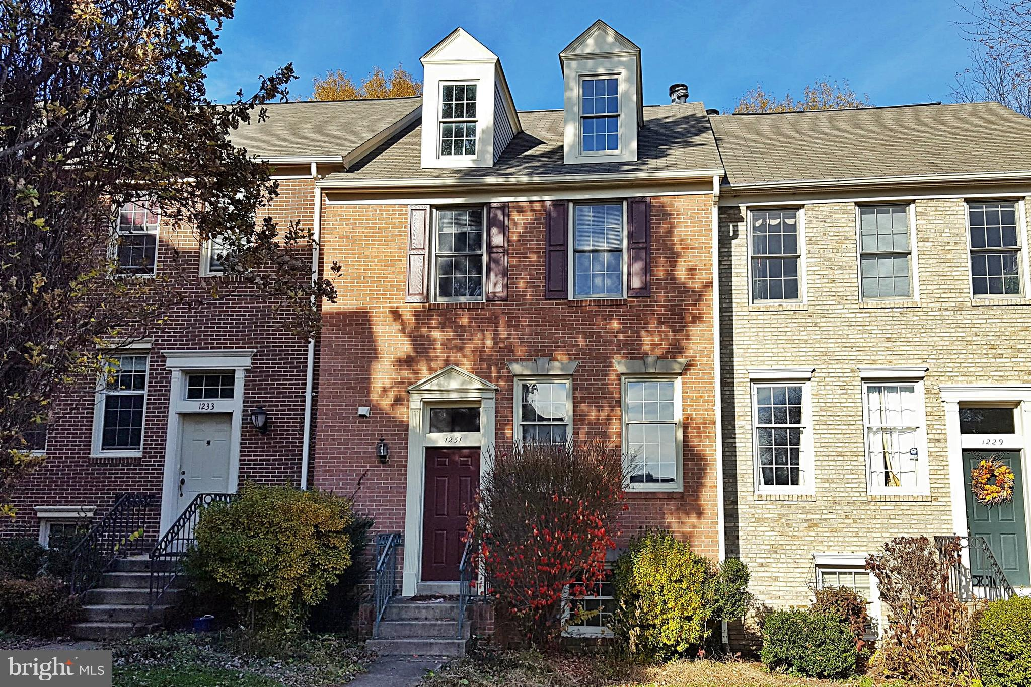 OPEN HOUSE Sunday, 1/20, 1-3pm.  Stately townhouse in sought after Quaker Hill Community, in close-in Alexandria City.  Only 1.5 mile to King St. Metro or Eisenhower Ave. Metro. 2,020 sq. ft. on 3 levels.  Master suite with walk-in closet & luxury master bath - oversized soaking tub & separate shower.  Inviting Living & Dining  Room with Peninsula fireplace (woodburning) - walks out to space rear deck. Fully finished lower level includes Recreation Room with wet bar, cooktop, fridge, and spare bedroom with full bath - walks out to fully fenced brick paver patio.  Abundant closet storage space. 2 assigned parking spots. Community Pool & Clubhouse. Sold in as-is condition.  Best Buy in Quaker Hill.