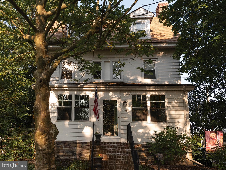 Photo of 221 Garnet Street, Carneys Point NJ