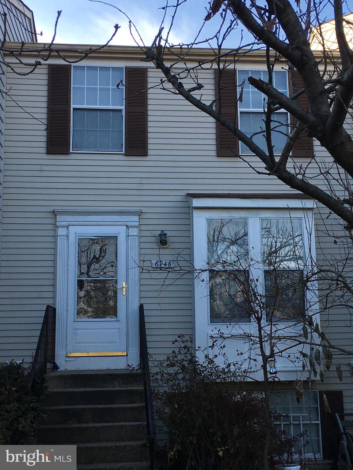 3 Level Townhouse,close to I-95,495,Fairfax County Pkwy,Mall & Metro.