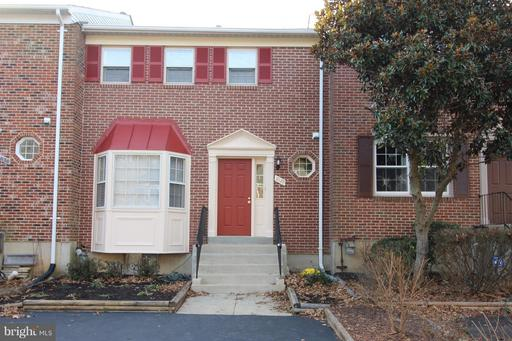 7128 Lake Cove, Alexandria, VA 22315