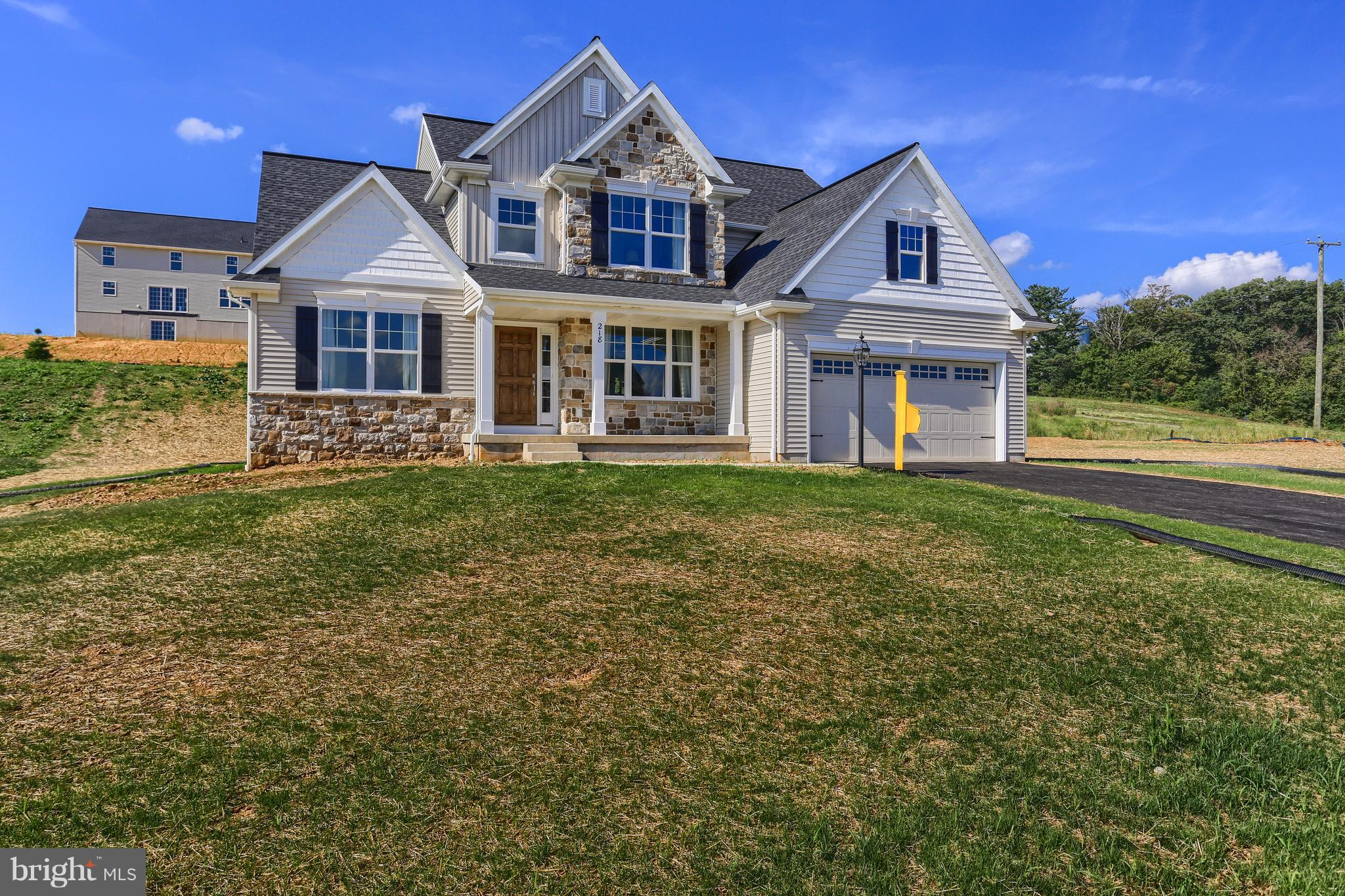218 HIGHLAND TERRACE WAY, BOILING SPRINGS, PA 17007