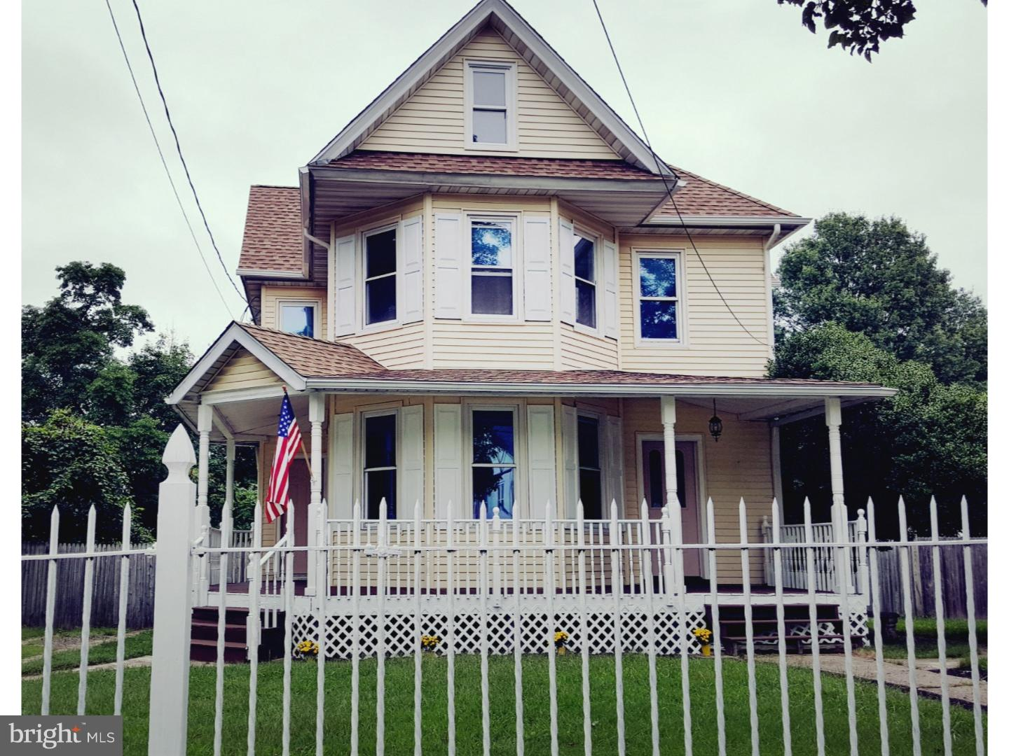 100 MAIN STREET, BRIDGEPORT, NJ 08014