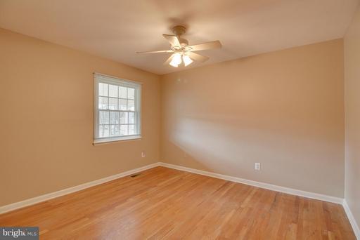 4220 Pennsboro Ct