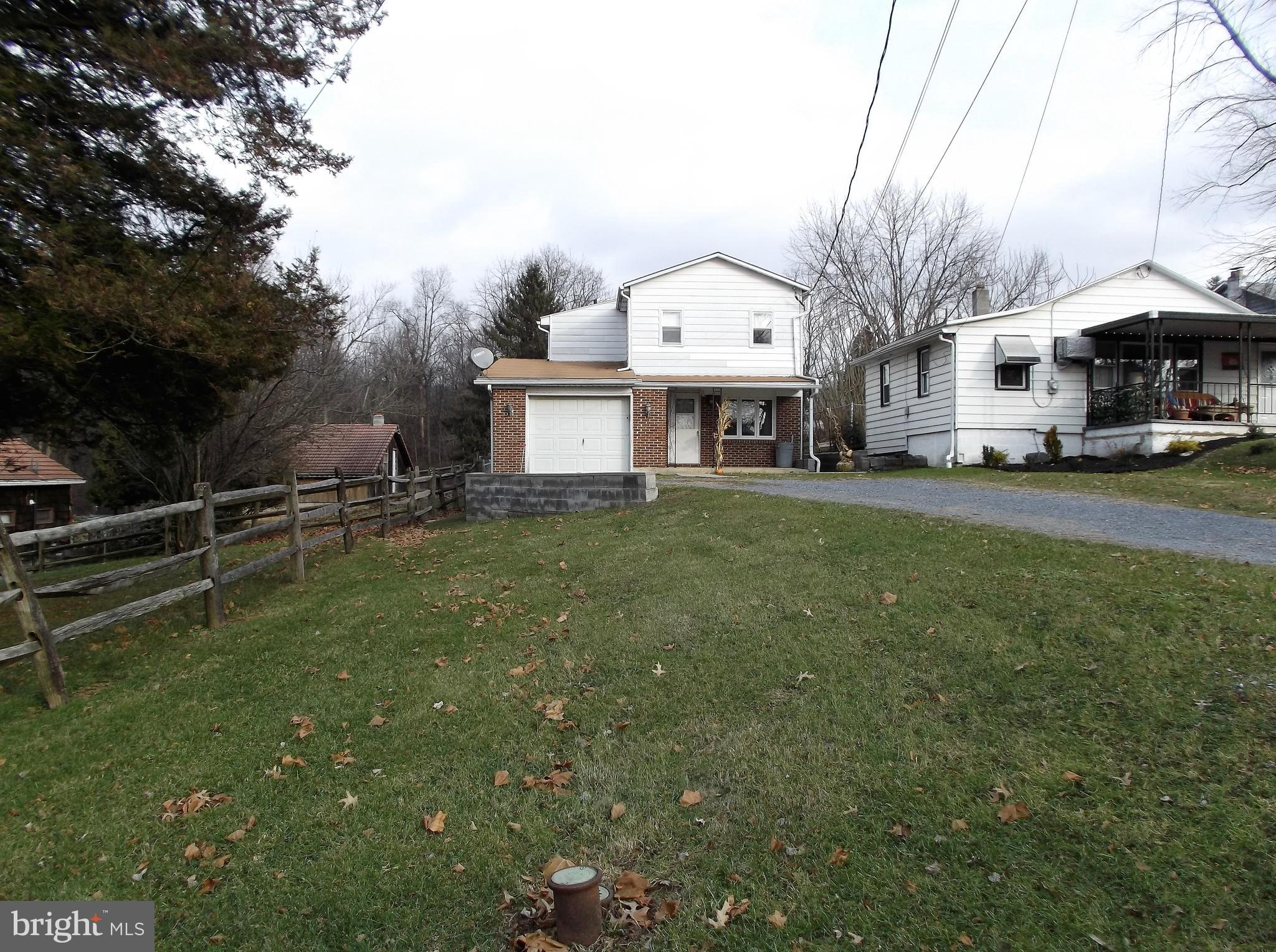5003 FOREST AVENUE, TEMPLE, PA 19560