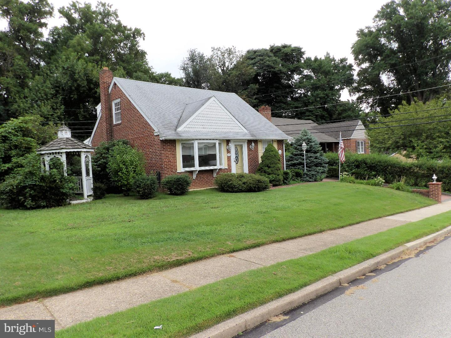 401 PERRY STREET, RIDLEY PARK, PA 19078