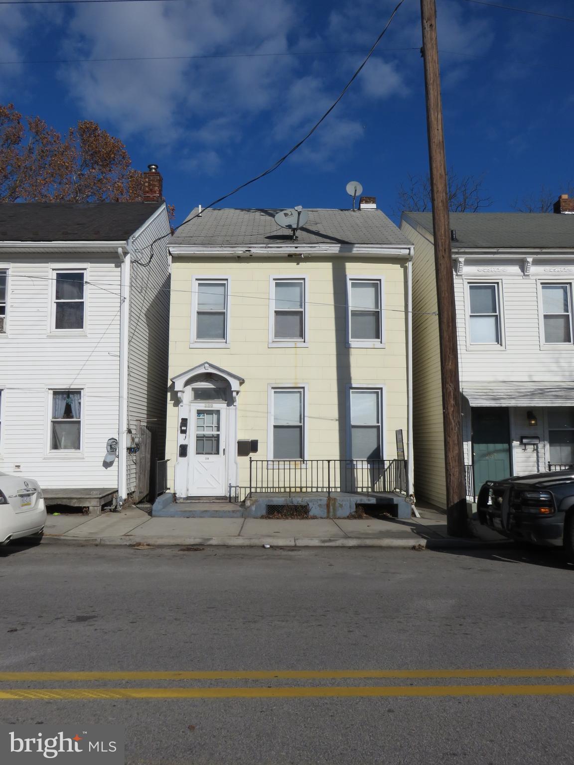 239 ROOSEVELT AVENUE, YORK, PA 17401