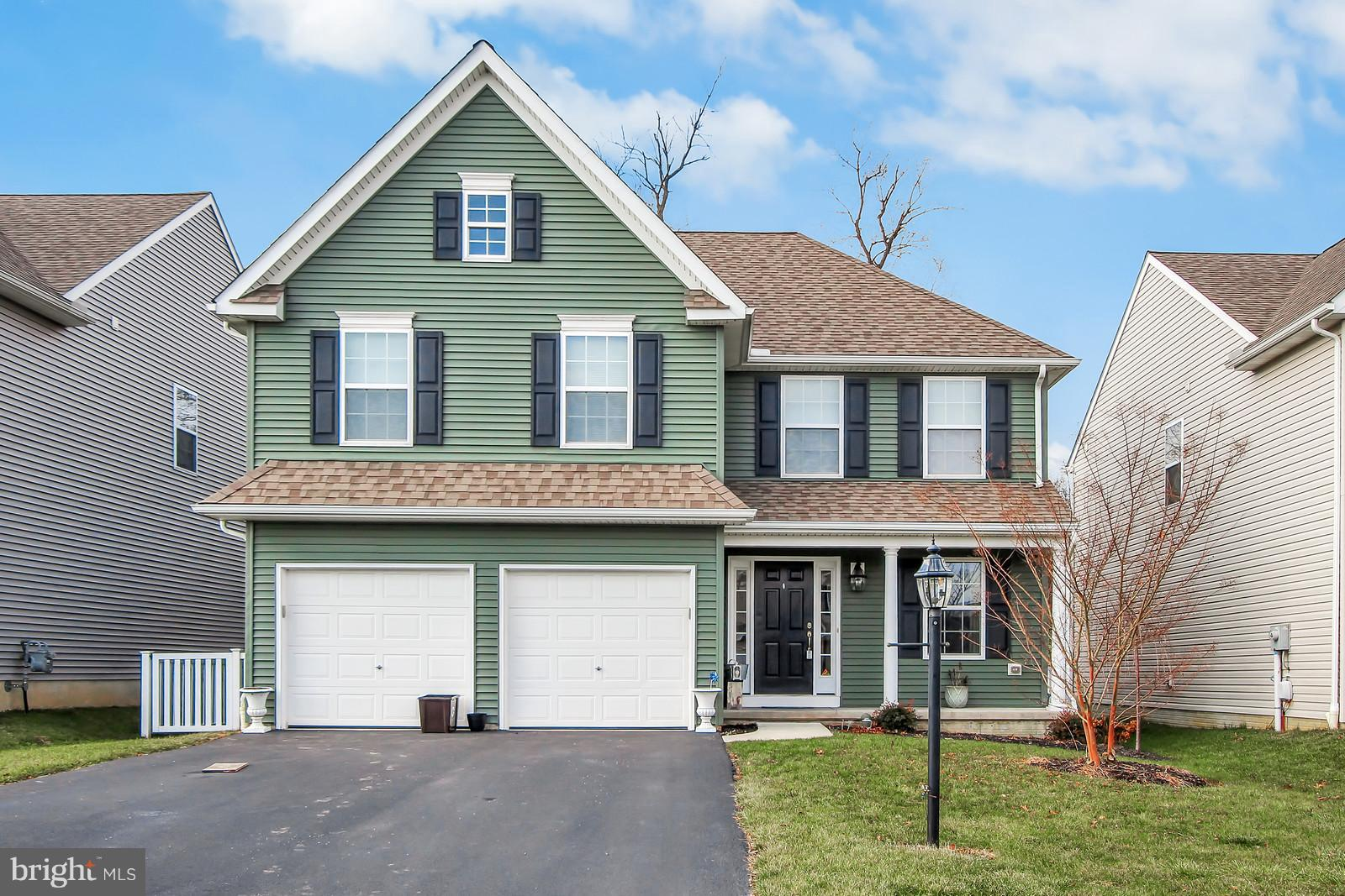540 ROSEWATER DRIVE, RED LION, PA 17356
