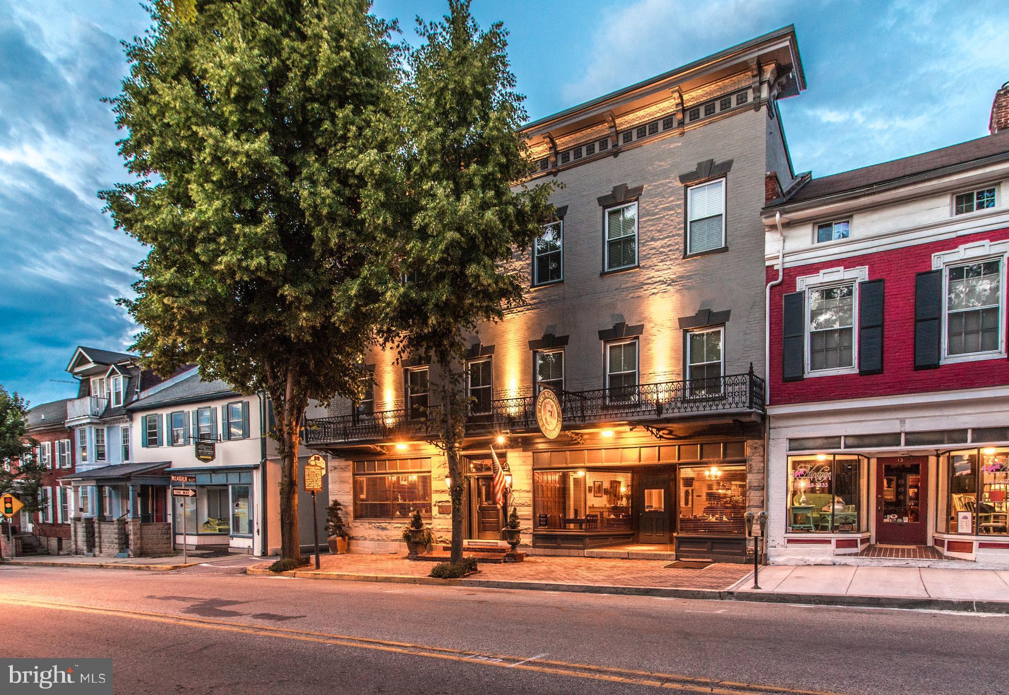 15 N MAIN STREET N, MERCERSBURG, PA 17236