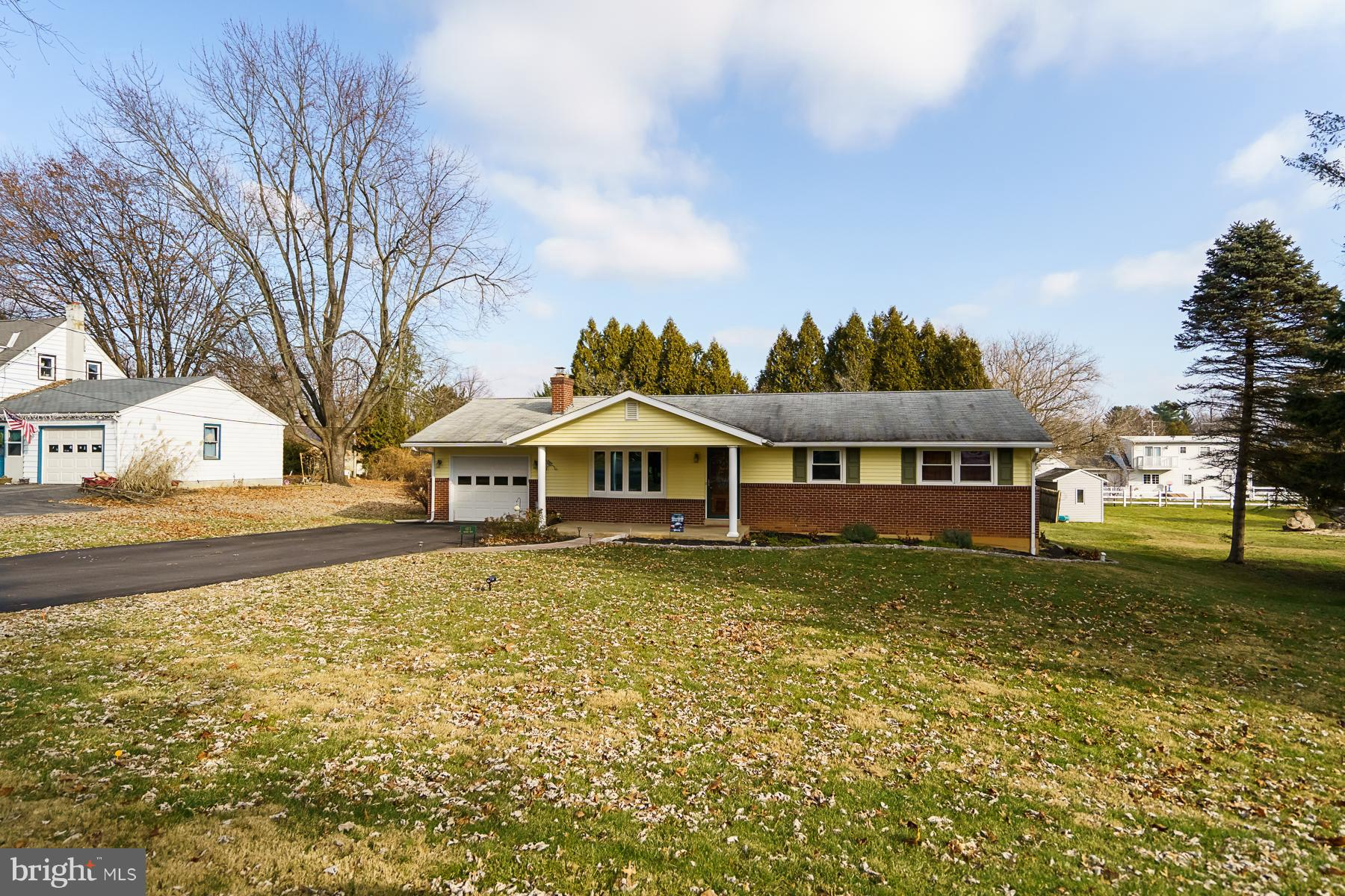 4871 ORCHARD DRIVE, CENTER VALLEY, PA 18034