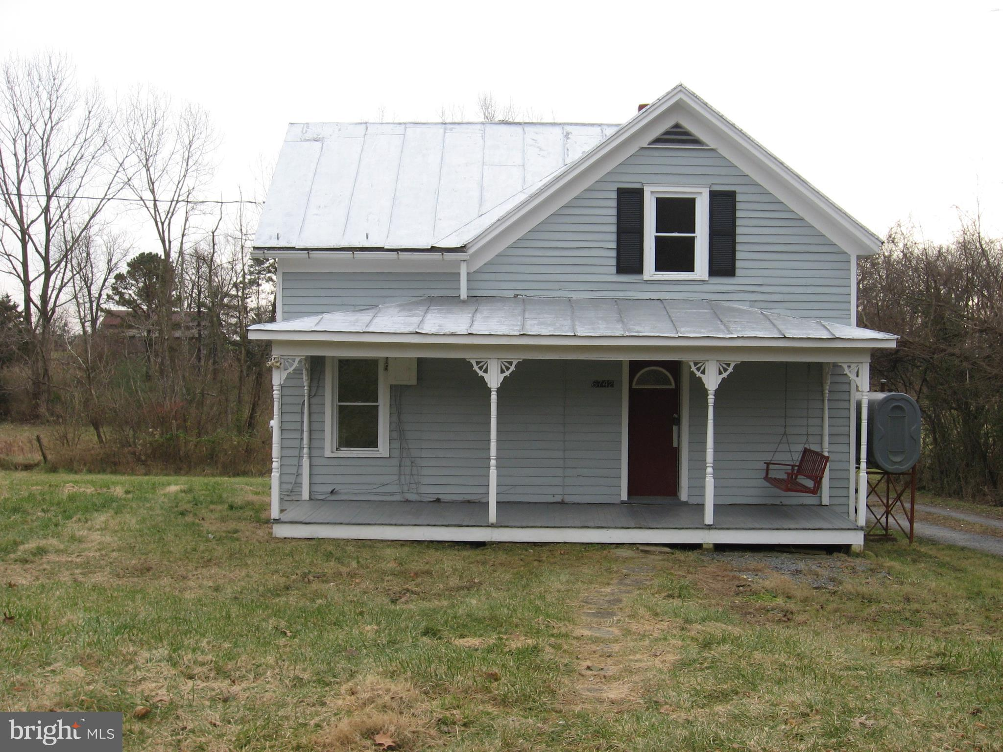 6742 BACK ROAD, MAURERTOWN, VA 22644