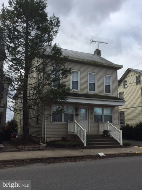 119 W MAIN STREET, TERRE HILL, PA 17581