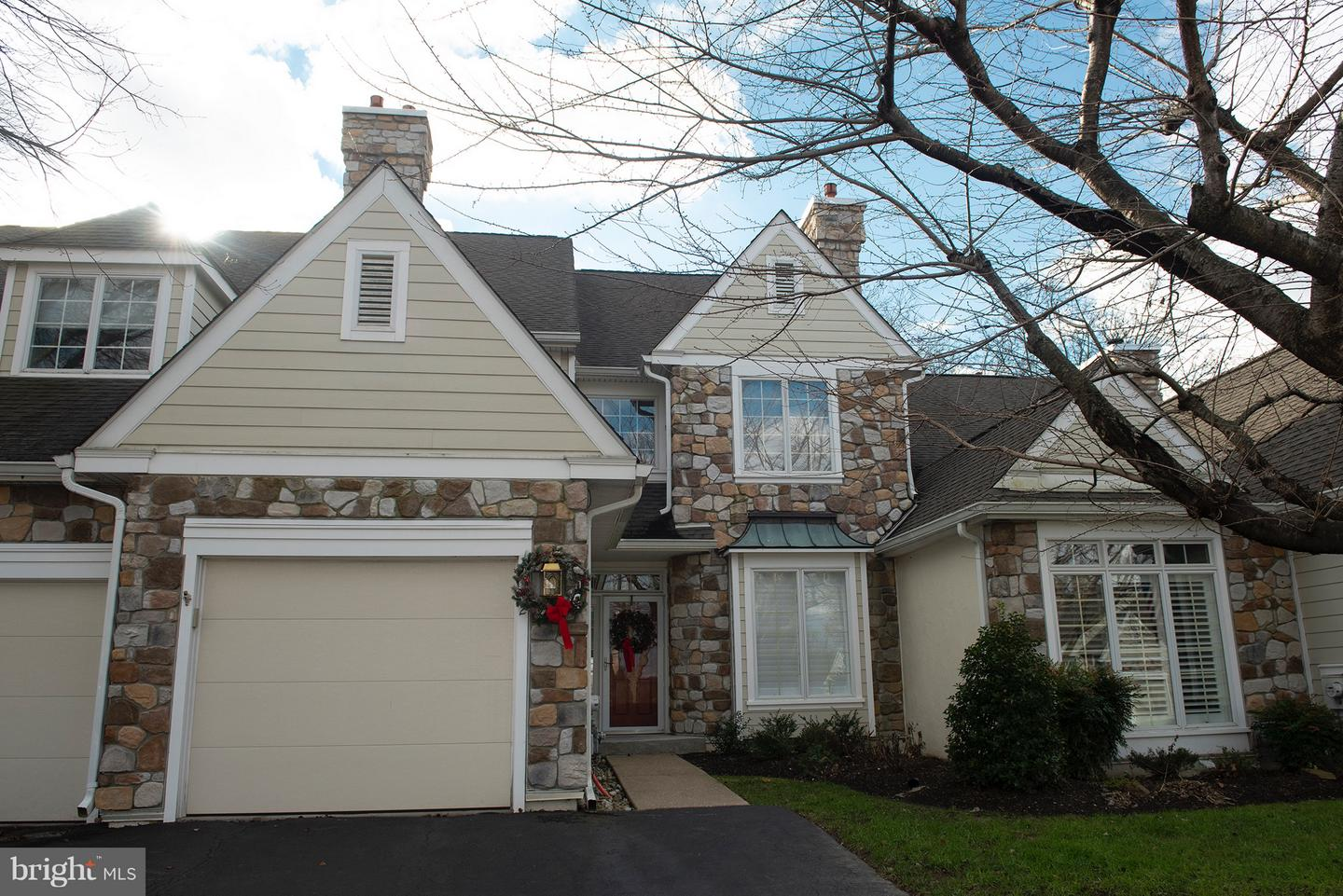 12 Lakeview Circle Berwyn, PA 19312