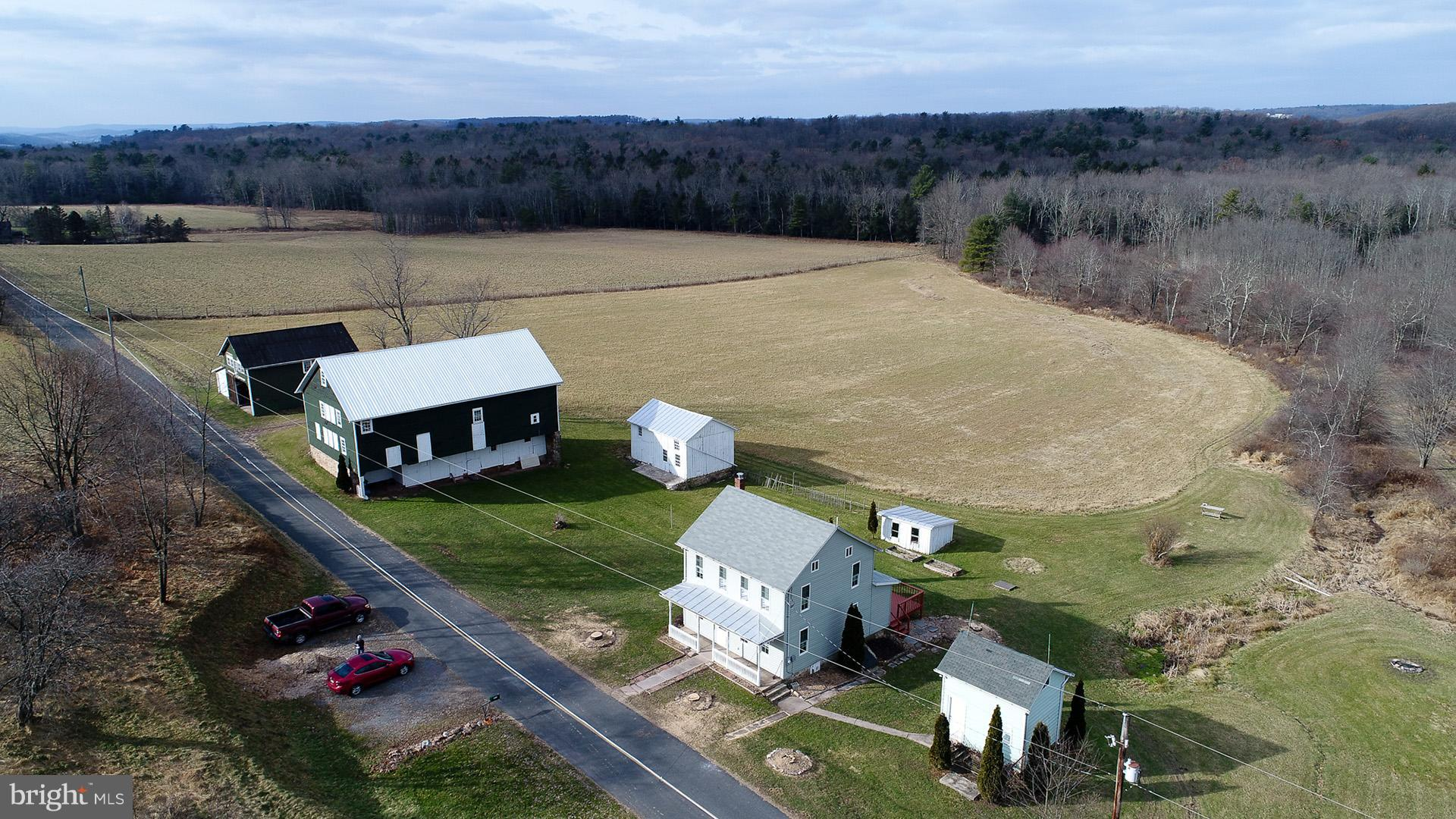 1063 PINE VALLEY ROAD, NEW RINGGOLD, PA 17960