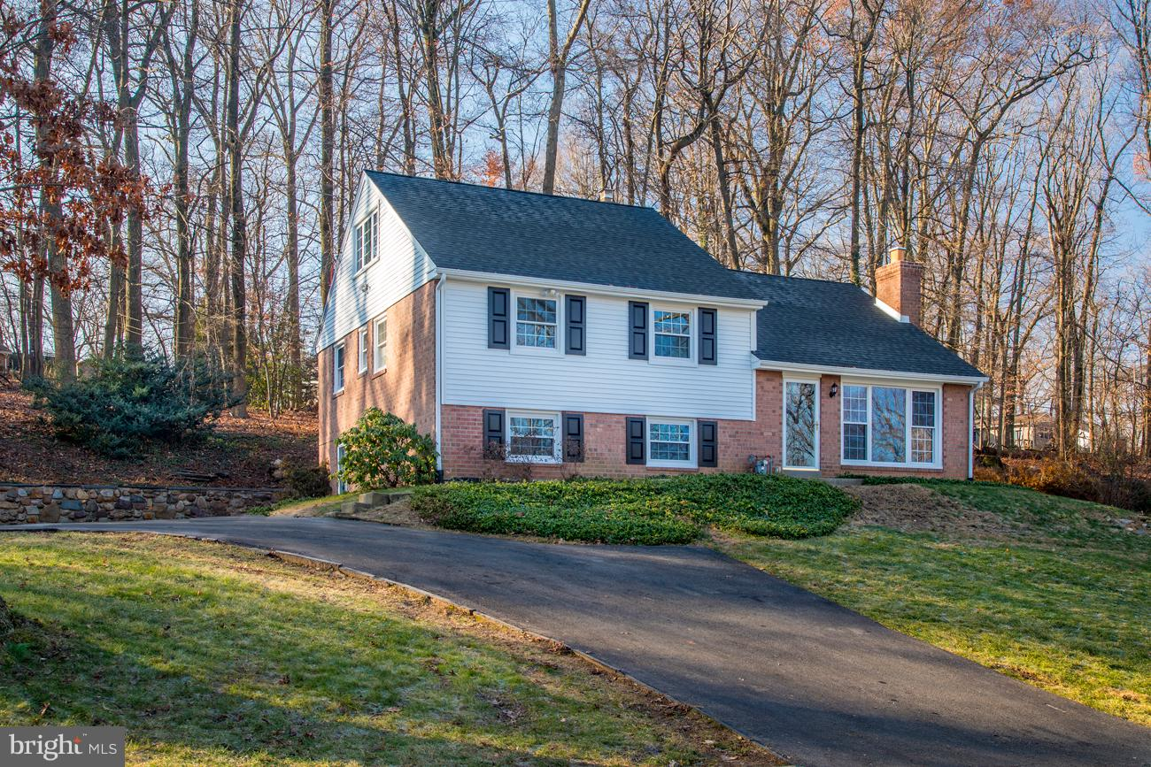 634 Forest Road Wayne, PA 19087