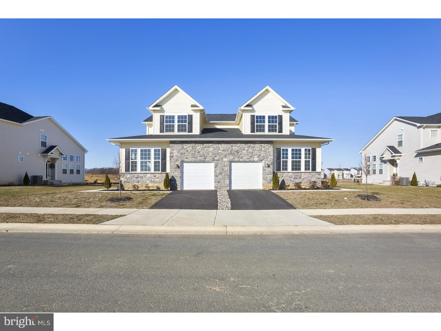 This is a popular Ridgeway Design home that is brand new and ready for you to move into July 2019. The Hyett's Crossing community is home to over 70 acres of open space. For a tour of this home please visit our Welcome Home Center which is open daily from 10am-6pm but appointments are highly encouraged. Pictures are of a Ridgeway design, just not this actual home and are for representation purposes.
