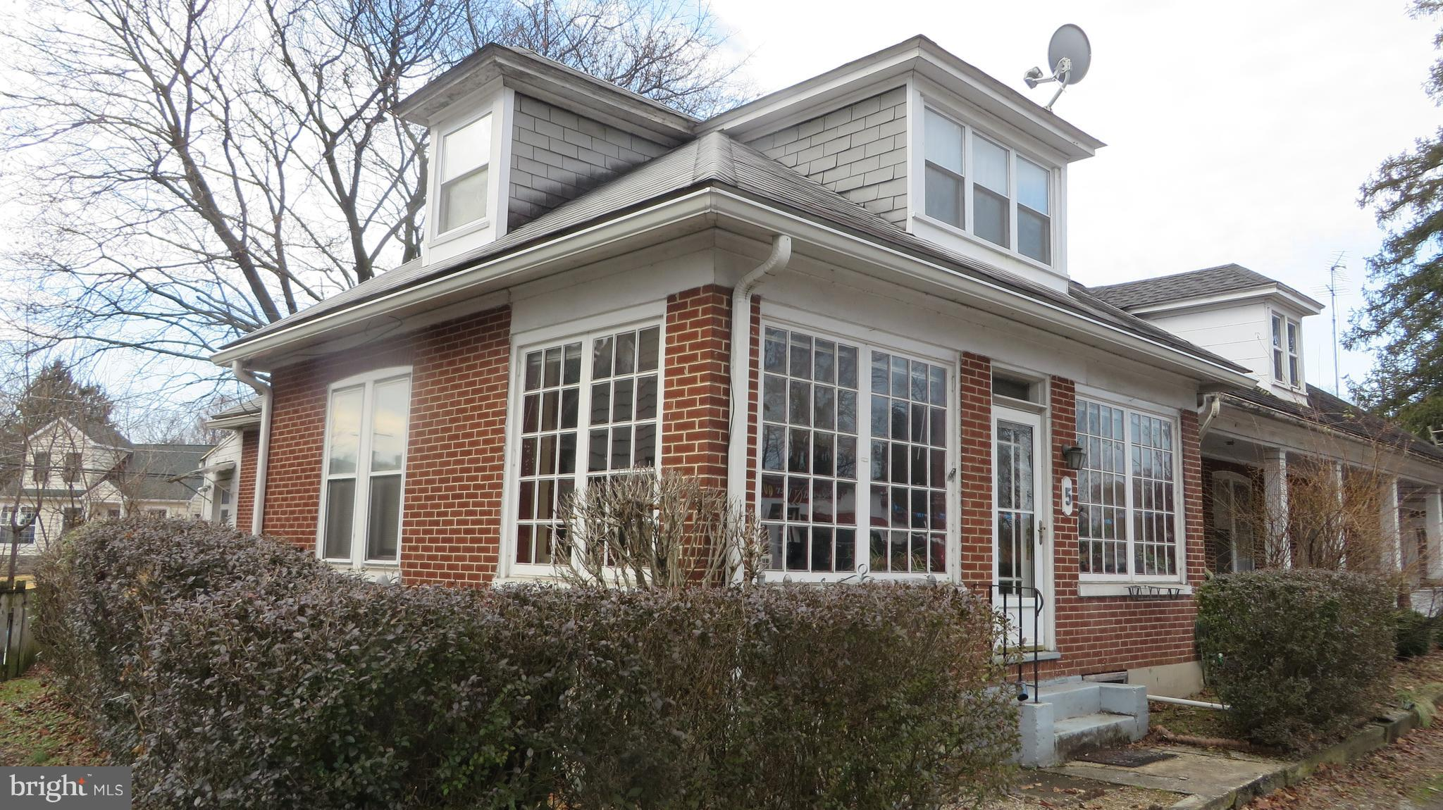 5 FRONT STREET, BOILING SPRINGS, PA 17007