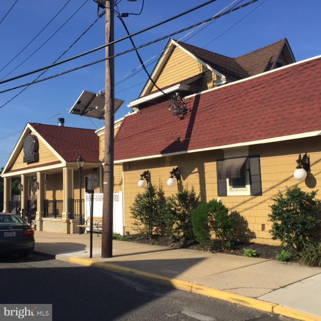 114-116 E MAIN STREET, MAPLE SHADE, NJ 08052