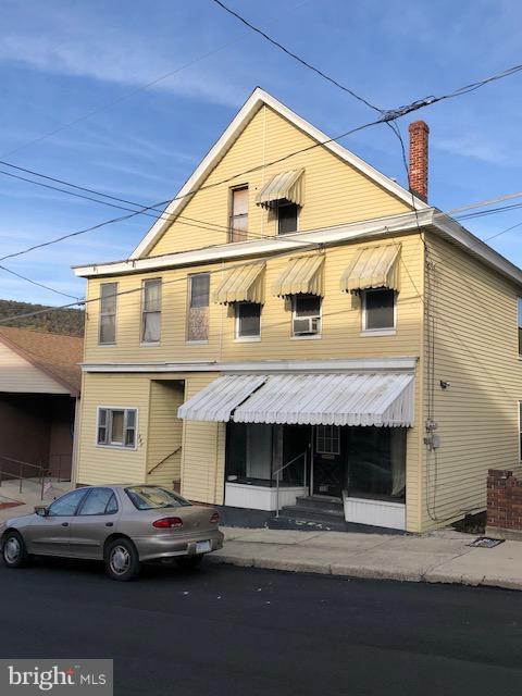 109 2ND STREET, COALDALE, PA 18218