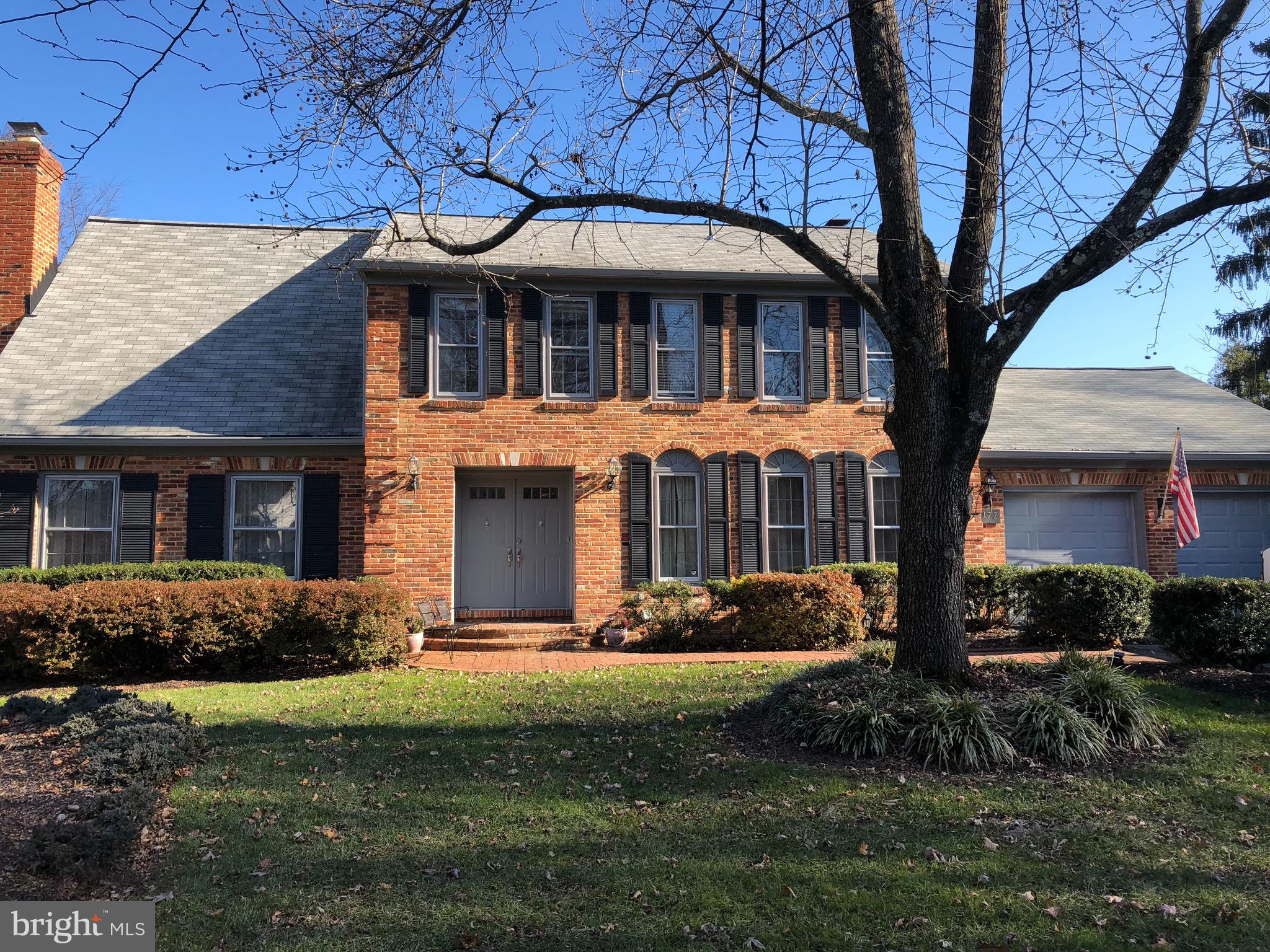Quiet culdesac,beautiful  lot..First floor library .Great for entertaining with large outdoor brick patio and deck.Large master bedroom with sitting area and separate dressing rm.w/sink and vanity.separate .1st fl laundry new kitchen appliances .