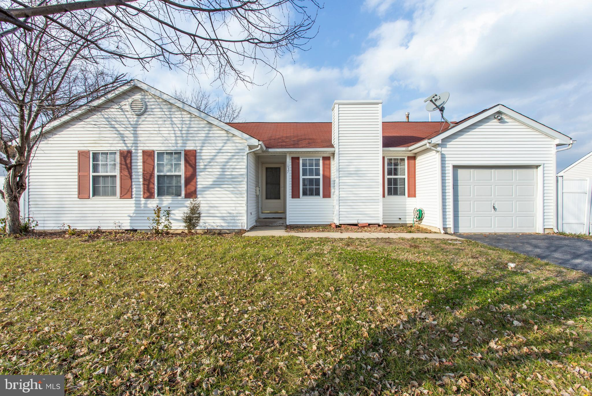 1037 LINDEN AVENUE, SHARON HILL, PA 19079