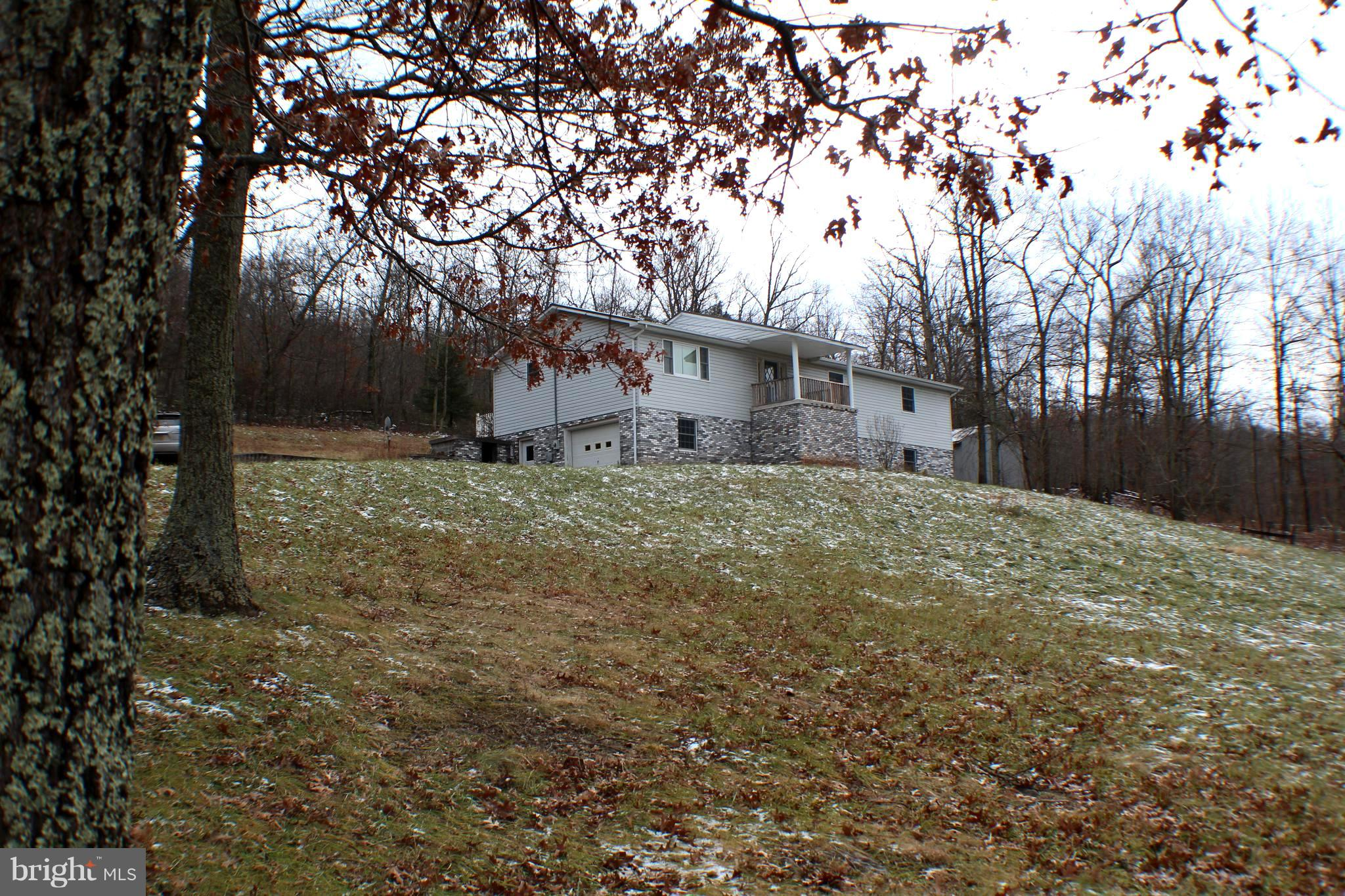 2823 LOWER TIMBER RIDGE ROAD, SENECA ROCKS, WV 26884