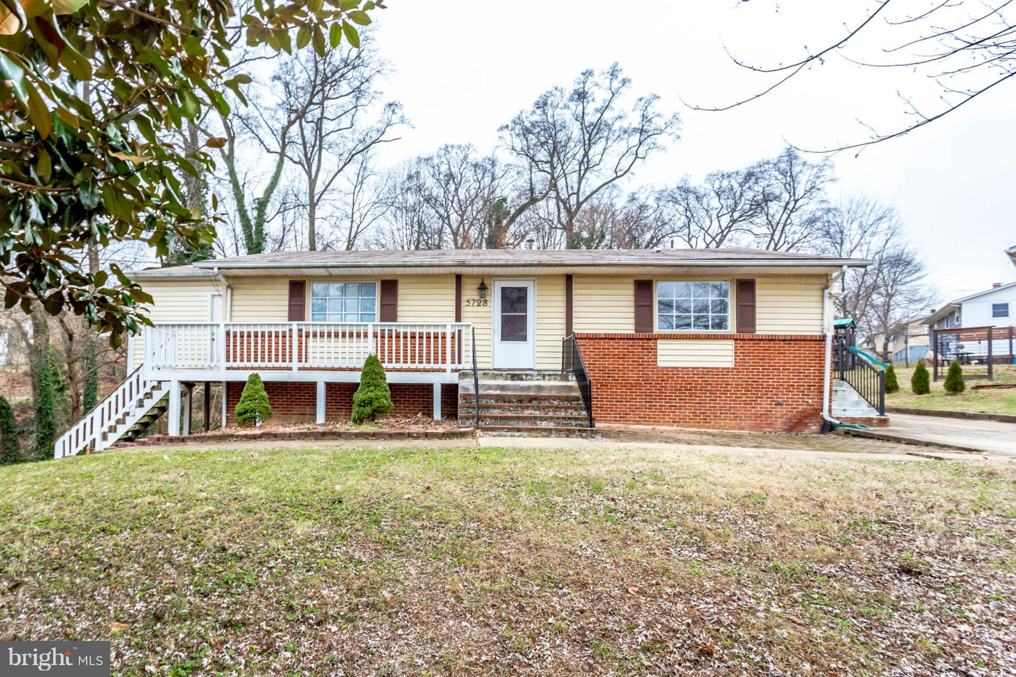 You'll love this endearing Rasied Rambler off a quiet street in a desirable neighborhood located in Alexandria VA! This home has it all; spacious rooms, hardwood floors, walk-out basement and an additional work shed! Is truly a must see and perfectly priced!