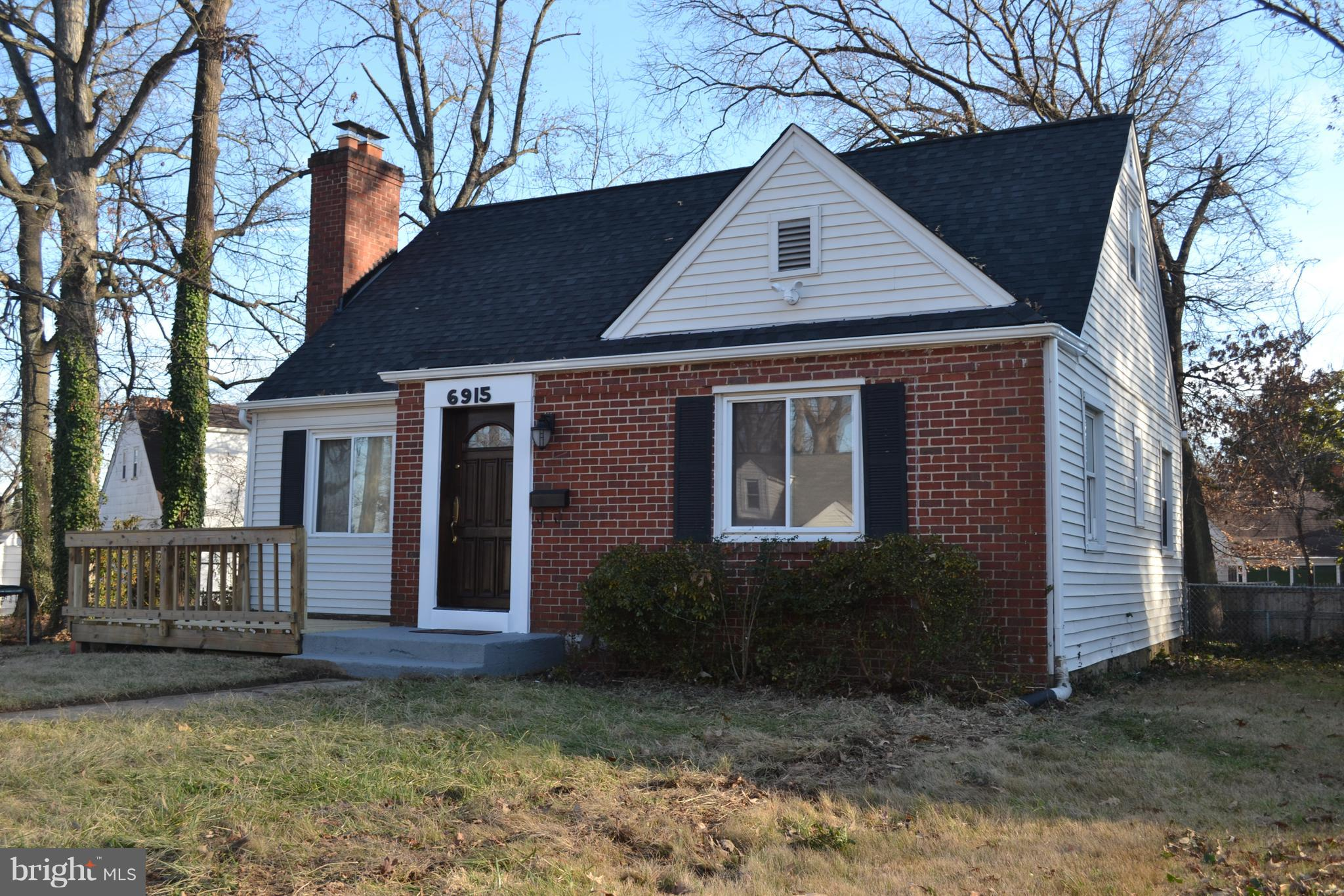 6915 FOSTER STREET, DISTRICT HEIGHTS, MD 20747