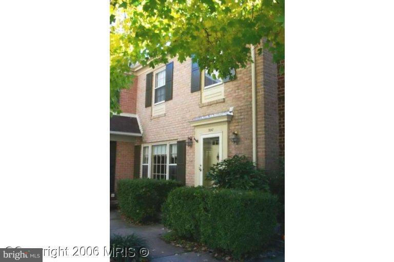 3047 FEDERAL HILL DRIVE, FALLS CHURCH, VA 22044