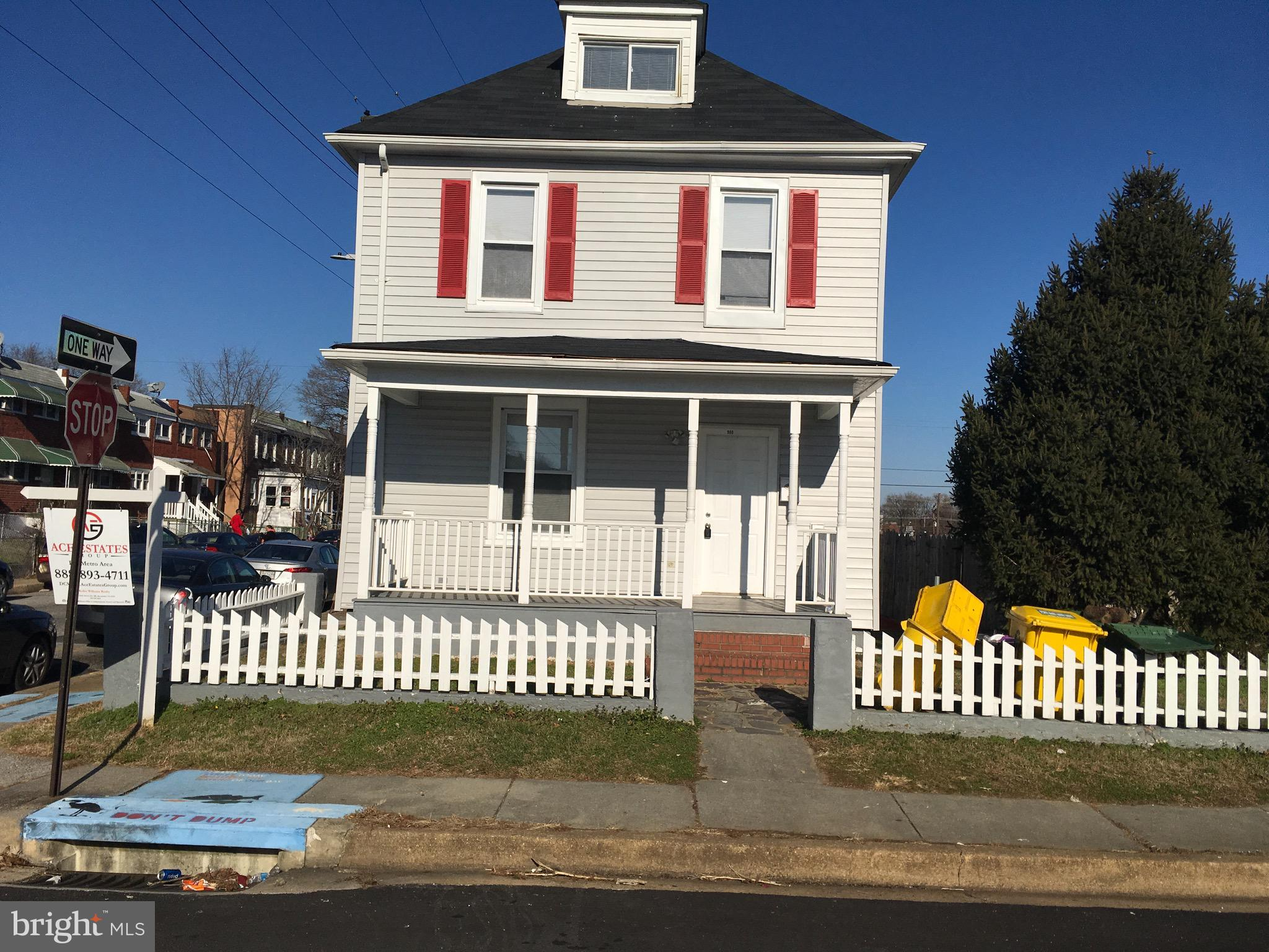 900 Washburn Ave, Baltimore, MD, 21225