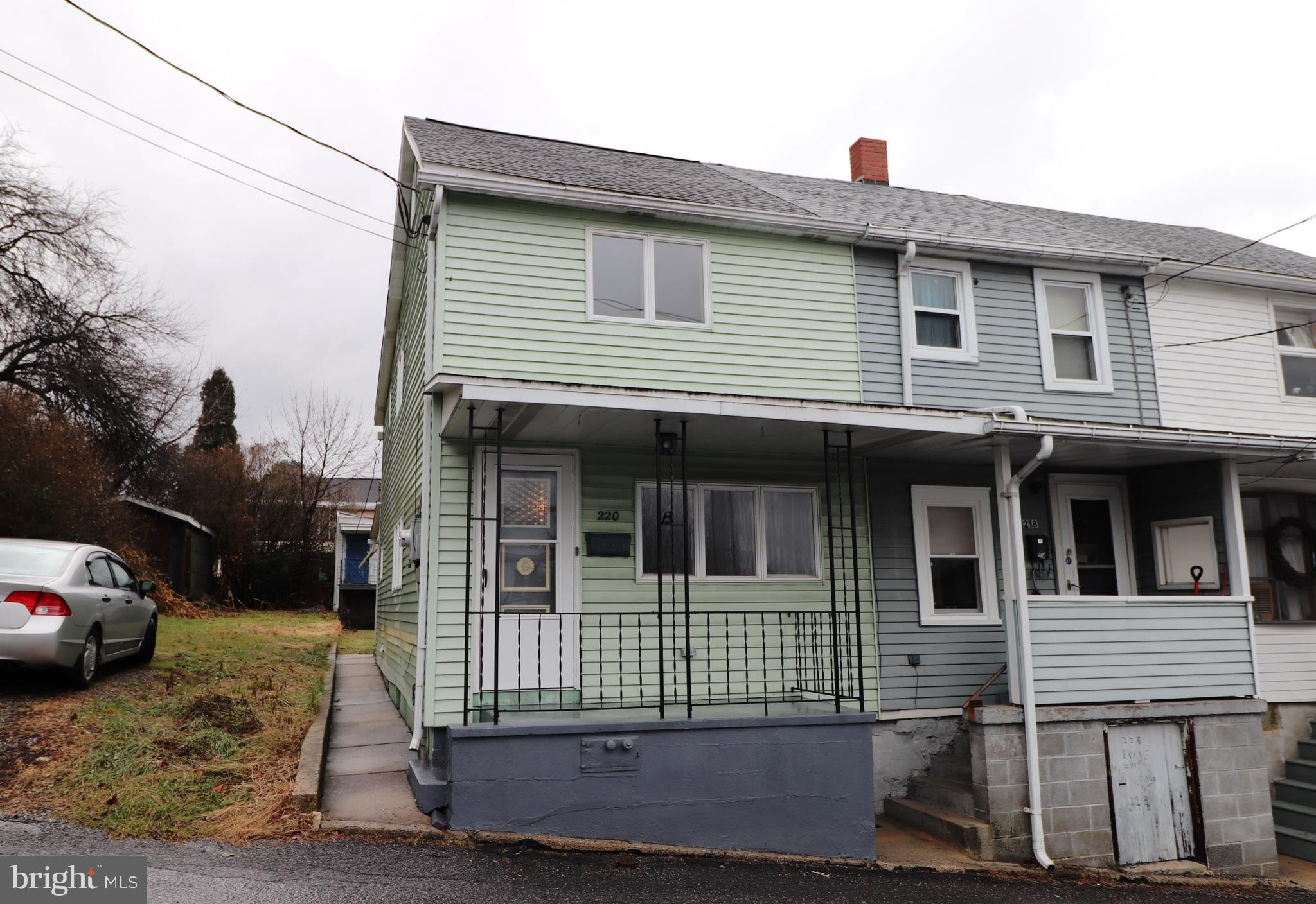 220 FISHER AVENUE, COALDALE, PA 18218