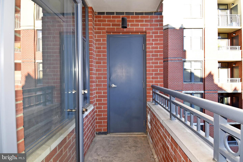 1021 N Garfield Street #531 Arlington , VA 22201