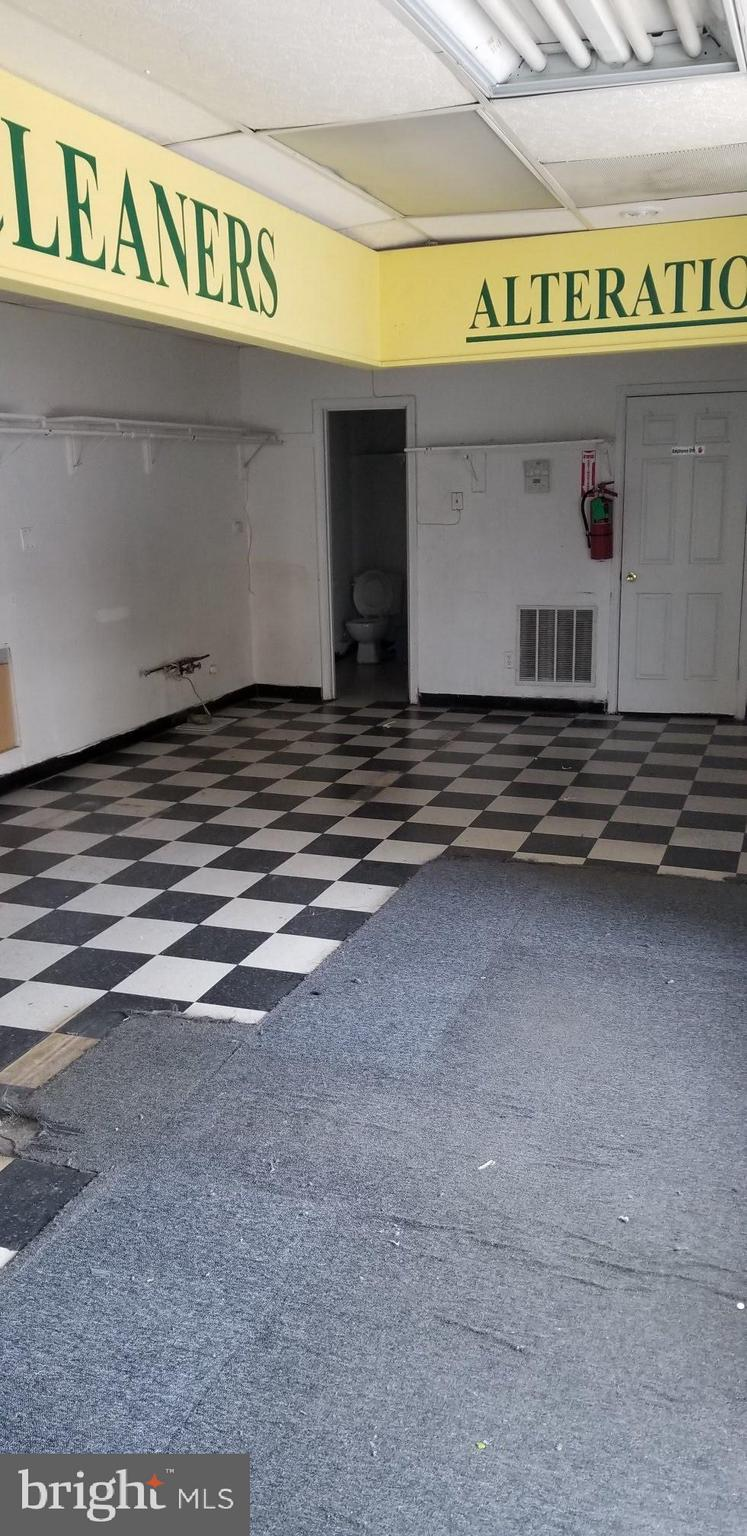 Fantastic opportunity to lease a small commercial space located  just off Florida av on 4th street N.W. in the Truxton Circle neighborhood. A variety of commercial uses.  Only $2,100 per month plus utilities.