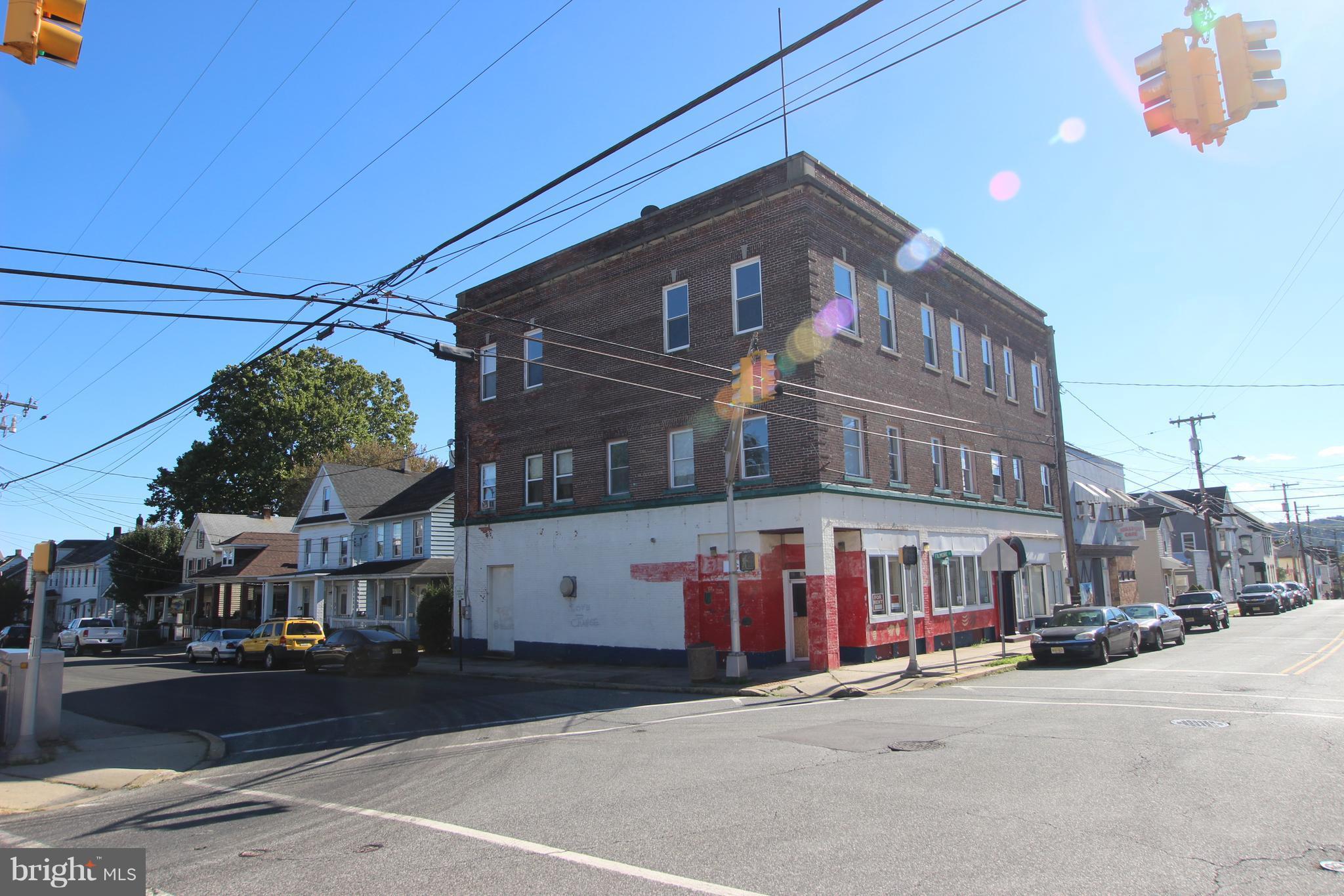 154 HUDSON STREET, PHILLIPSBURG, NJ 08865
