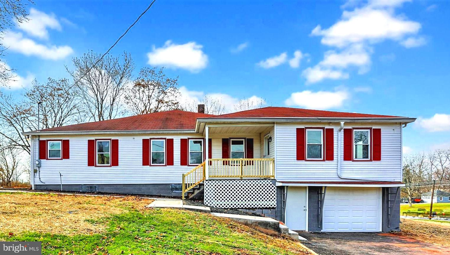 7704 LINCOLN HIGHWAY, ABBOTTSTOWN, PA 17301