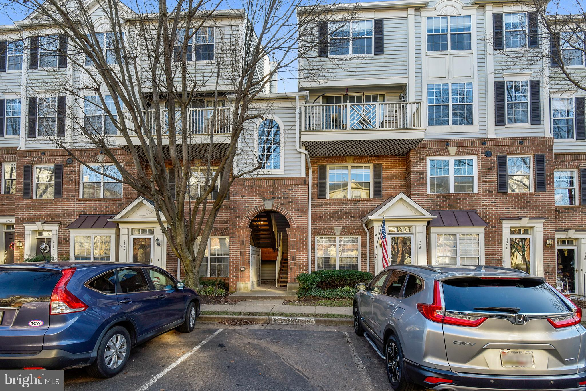 Just what your buyer has been waiting for!  The entire unit has been painted with fresh, neutral paint, brand new carpet on both levels.  Balcony with treed view.  Eat-in kitchen, two master en suites with great closets.  Gas fireplace (replaced approximately one year ago).  Walk to the shops and restaurants of Fairlington and Bradlee shopping Center.  Shirlington Village with movie theaters and tons of restaurants and shops are just down the hill.  Minutes to Washington, DC, Old Town Alexandria, the Pentagon and Reagan National Airport.  Unbelievable price for a move-in property in such a great location!  High ceilings, tons of natural light!  Handsome molding!