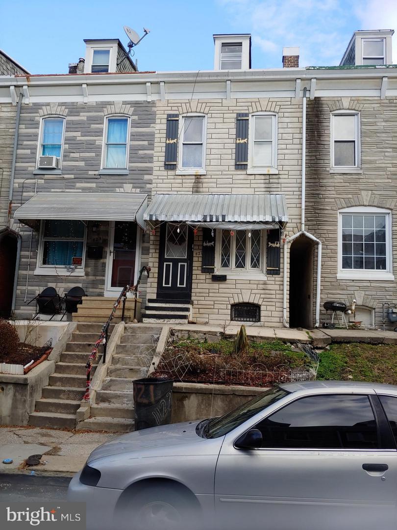 Photo of 821 Locust Street, Reading PA
