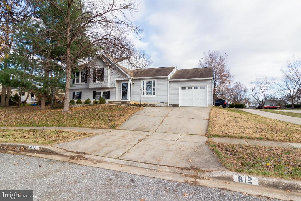 812 VACATION DRIVE, ODENTON, MD 21113