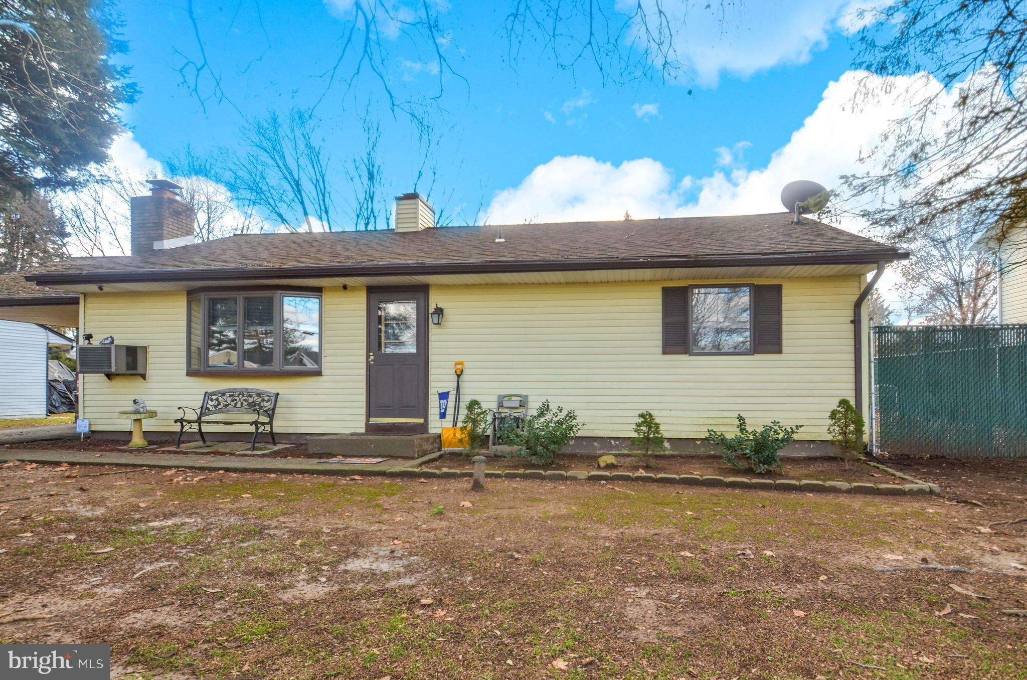 2516 NORTHWOOD AVENUE, EASTON, PA 18045