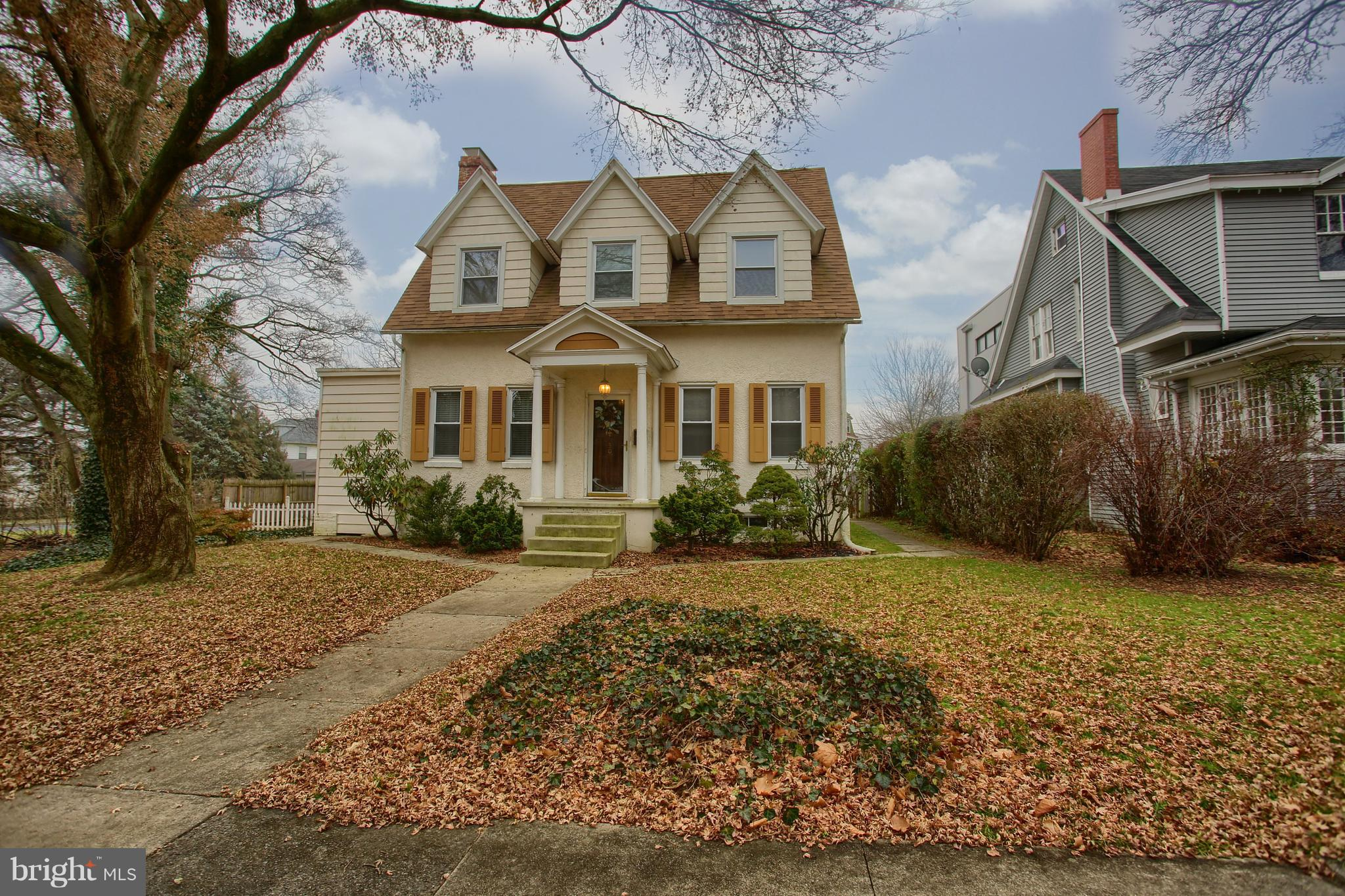 30 UPLAND ROAD, READING, PA 19609
