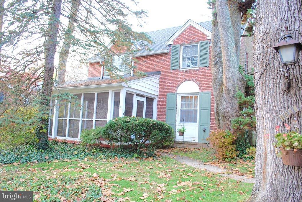 1004 Carroll Road Wynnewood, PA 19096