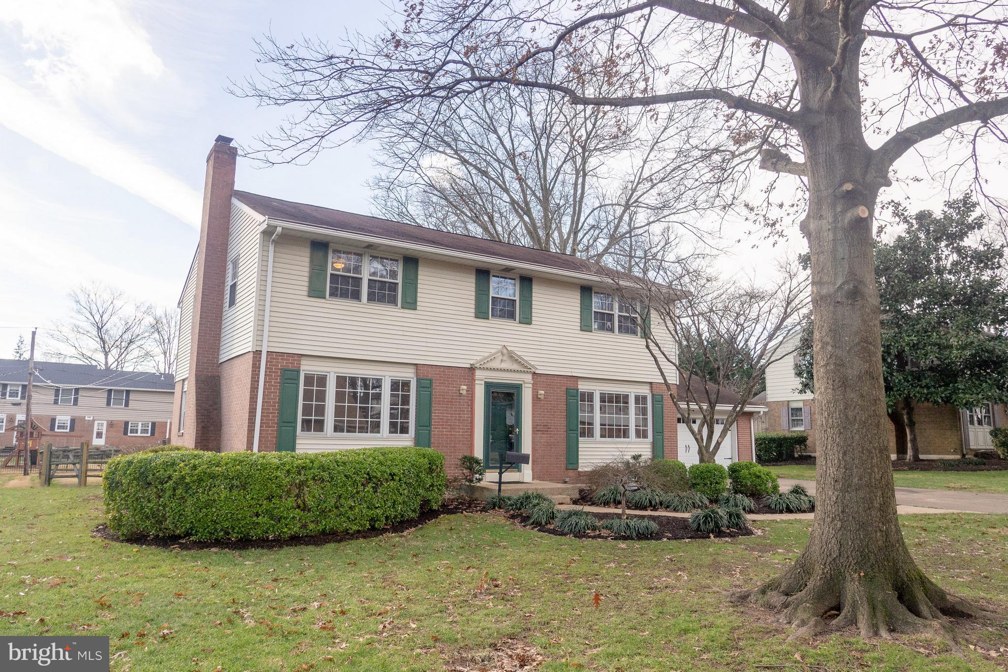 2402 BRICKTON ROAD, WILMINGTON, DE 19803