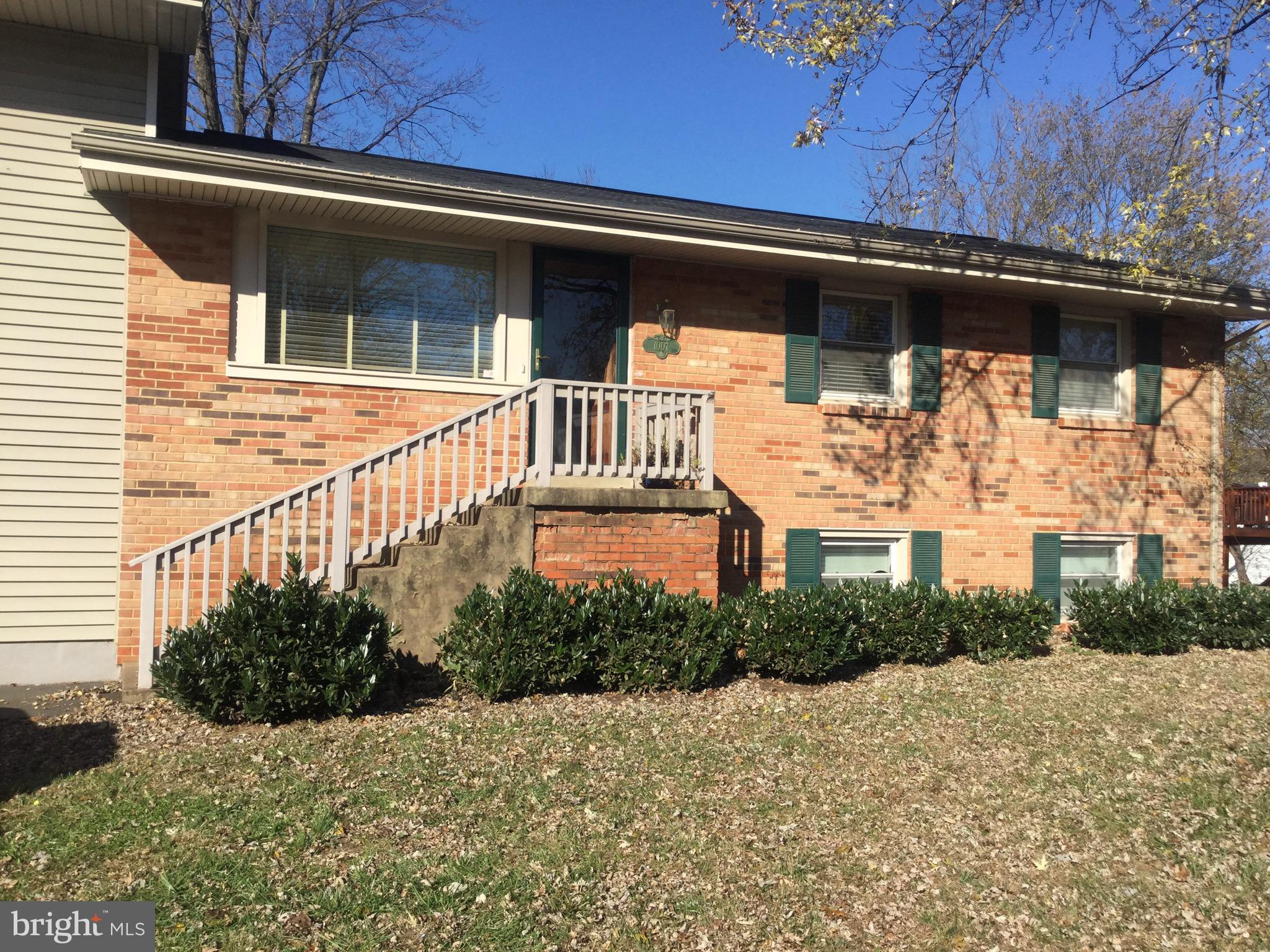 1007 S Buckingham Road, Sterling, VA 20164 | Heather Gosman, licensed  Virginia Real Estate Agent - RE/MAX Gateway Ashburn