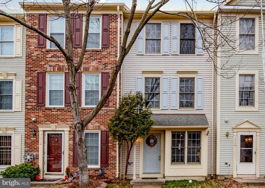 Incredible value for this renovated, 4 bed, 2.5 bath townhome.  New kitchen, carpet and paint.  Owner to replace HVAC prior to settlement.  Fully fenced back patio is perfect for entertaining.  Convenient to shopping, public transportation, library and more! Perfect as first home or investment.  Must see!