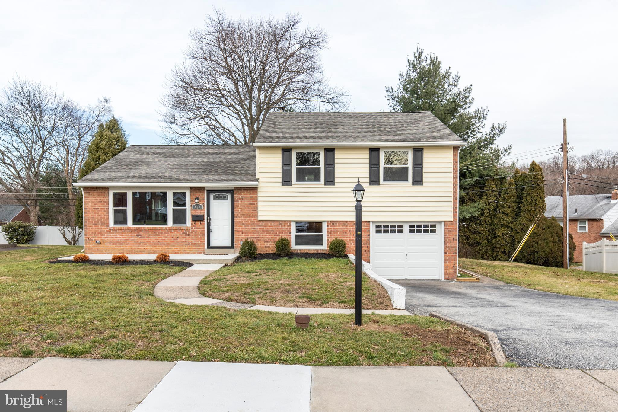 409 KENNERLY ROAD, SPRINGFIELD, PA 19064