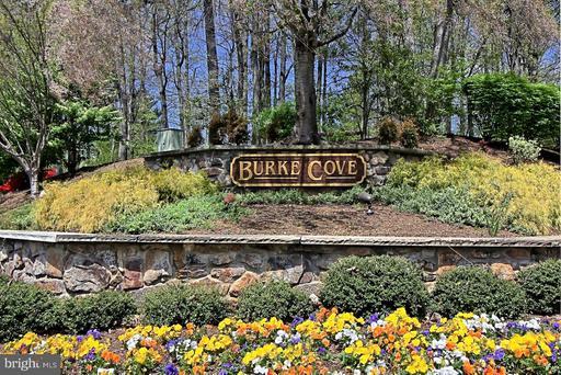 5802 Cove Landing Rd #203