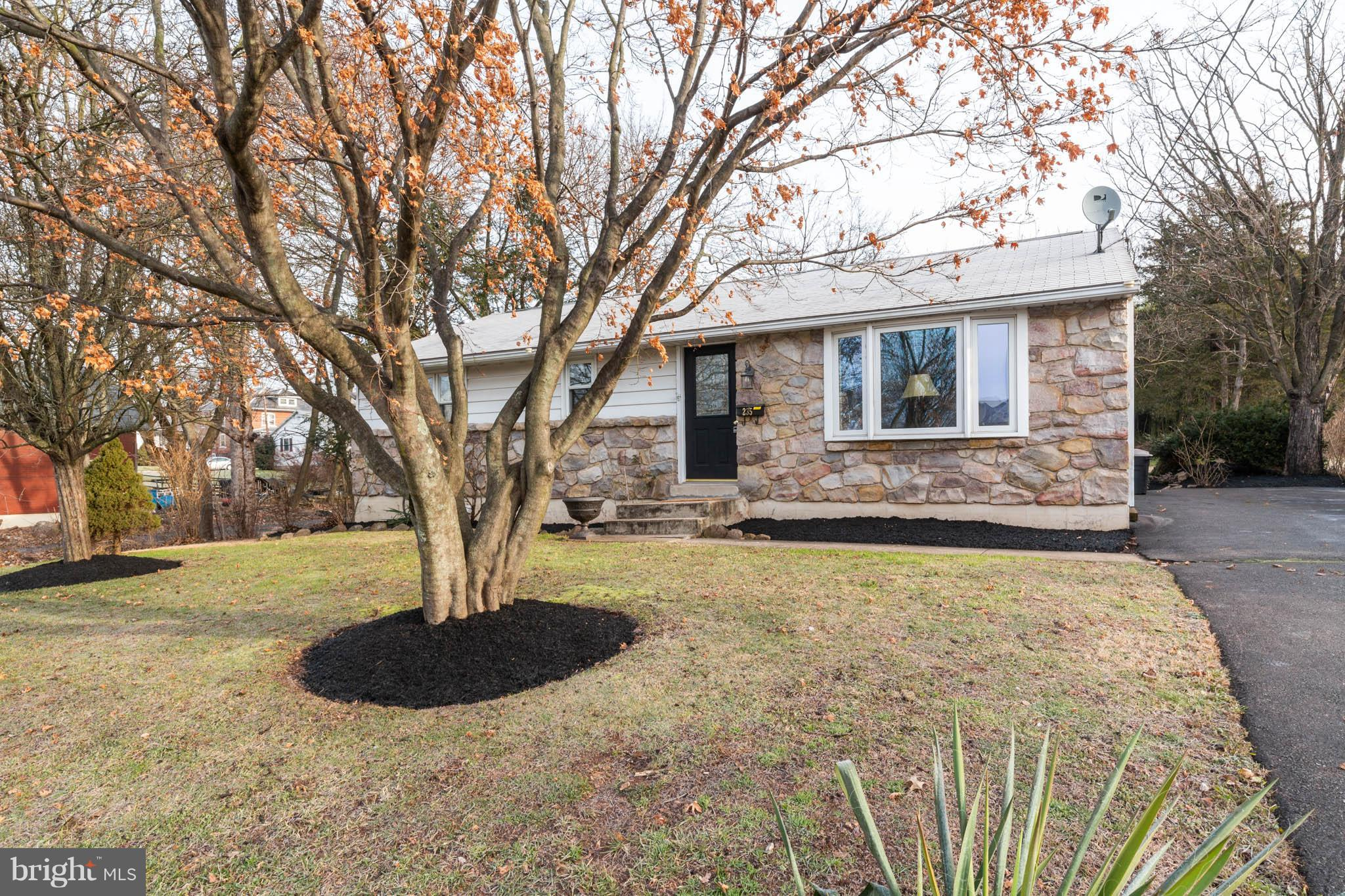 235 STATE STREET, EAST GREENVILLE, PA 18041